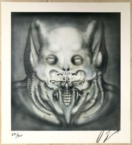 DAEMON Print by Giger  Signed limited edition of 271/300 Crease Discount