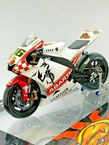 Minichamps 1/12 Yamaha YZR-M1 Valentino Rossi Australia 2007 (read description)