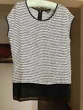 KATIES BLACK AND WHITE SIZE 14 CAP SLEEVE TOP EXCELLENT CONDITION