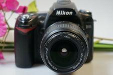 Nikon D 90 con Nikkor ed 18-55mm AF-S DX inducción. shuttercount 13.906