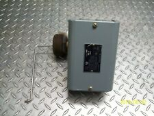 NEW SQUARE D 9038-CG32 FLOAT SWITCH (incomplete)