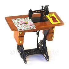 Maison de Poupées Miniature Machine à coudre, table et accessoires