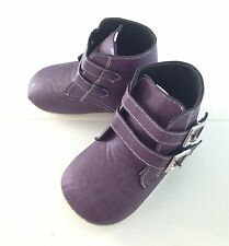 Soft Sole Baby Girls Infant Pre-walker Violet Boots Size 3 to 12 months