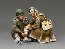King & Country WW2 BBA078 Sitting Wounded Set Preowned Retired NO ORIGINAL BOX