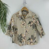 Chico's Womens No Iron Button Down Shirt Floral Size 0P 4P/6P Tan Top Cotton