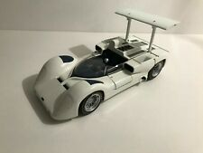 EXOTO 1:18 1966 Chaparral Type 2E RLG18160 Works Prototype Can-Am Authentic Whit