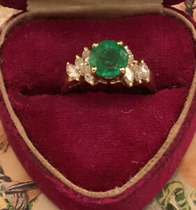 Vintage 14K 1 Carat Solitaire Natural Emerald & Marquise Diamond Ring Engagement