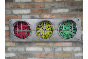 Multi Time Zone Traffic Lights Wall Clock   3 Faces