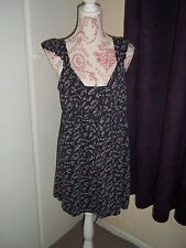 #R50--Blue Floral Print Top From Papaya - Size 16 - BNWOT