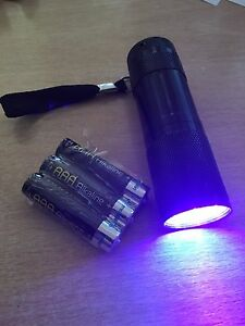 Xmas Golf Stocking Filler - Golf Ball Finding Torch REALLY WORKS- FREE BATTERIES