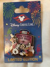 Disney Cruise Line Limited Edition Happy New Year Pin New on Card, Rare