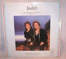 Laserdisc {2} * The Judds * Love Can Build A Bridge 3-D Glasses Naomi & Wynonna
