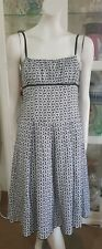Portmans daisy chain lace dress.Sz10.Excellent condition