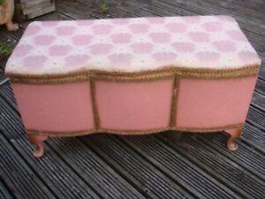 Vintage Retro Lloyd Loom Style Scalloped Ottoman Blanket Storage Box Pink + Gold