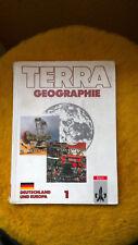 Lehrbuch Schulbuch Geografie - Terra Geographie