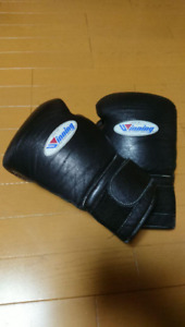 WINNING Boxing Gloves 16oz Black Color Made in Japan Used
