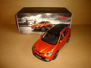 1/18 Chinese MGGS MG GS orange color diecast model