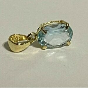 BLUE TOPAZ Oval Solitaire PENDANT 14kt GOLD 12 mm x 5 mm Made in USA