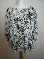PHASE EIGHT Ladies Top Size 10 White Black/grey animal print 3/4 Sleeves