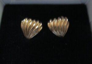 AVON*PLEATED HEART PIERCED EARRINGS W/SURGICAL STEEL POST*SMALL*1994*NEW IN BOX