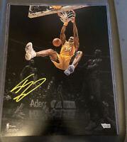 Shaquille O'Neal Signed 11x14 Spotlight Photo, Fanatics Authentic COA, Lakers