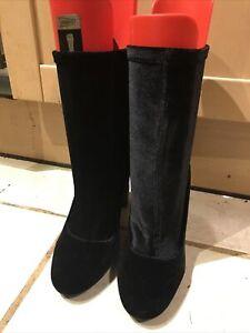Carvela Kurt  Geiger Black Velvet  Boots Size 7 (49)