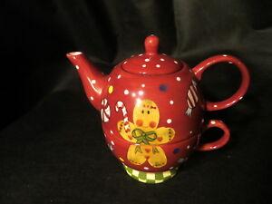 Christmas Treat by Laurie Gates for Bon Ton & Elder Beerman Tea for one Tea Pot