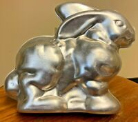VTG 2 pc Wilton BUNNY MOLD cake pan 3D RABBIT metal baking tin EASTER DESSERT