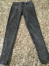 Ladies Rusty Spray On Black Stonewash Pants, Size 9