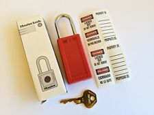 MASTER LOCK 411 RED Safety Lockout Padlock Keyed Alike Red 1/4In Shackle NEW