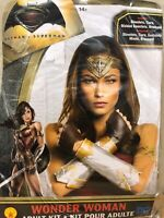 Justice League / Batman v Superman - Wonder Woman Adult Accessory Kit