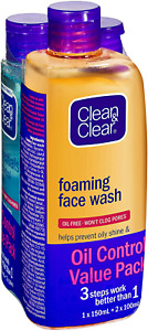 Clean & Clear CLEAN & CLEAR Oil Control Kit, 0.34599999999999997 Kg Pack of 1