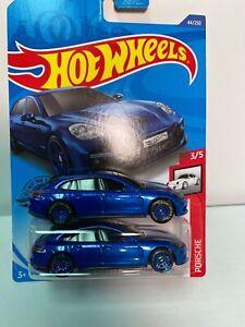 2020 Hot Wheels Real Riders  Loose/original/Blister Porsche Panamera Turbo Sport
