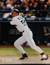 ICHIRO SUZUKI 2002 Seattle Mariners 8X10 ACTION PHOTO   Seattle Mariners