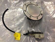 AUDI TT MK1 Aluminio Gasolina Combustible Relleno Tapa Cubierta Solenoide de liberación de 8N0809905C