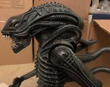 NECA Alien Warrior 18 inches - Used No Box