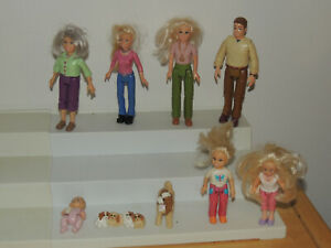 Lot of Fisher Price Dollhouse People Loving Family