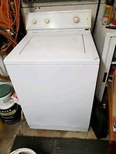 Maytag Washing Machine - top loader -used