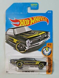 Hot Wheels Muscle Mania '67 Pontiac GTO 8/10 NEW Black Yellow Silver Stripes
