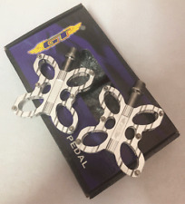 GT MTB / BMX Bicycle Bike Alloy Pedals 9/16 Flat-Platform NOS Butterfly Silver