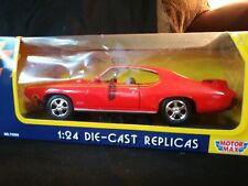 1:24 Die Cast Motor Max 1969 Pontiac GTO Collectors Edition