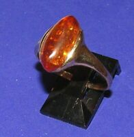 BEAUTIFUL SECONDHAND 9ct YELLOW GOLD AMBER SOLITAIRE RING SIZE T1/2