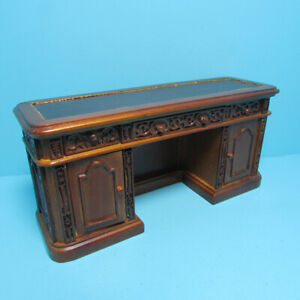 Dollhouse Miniature Wood President Resolute Credenza Platinum Collection P6339