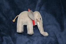 Für Sammler! Elefant mit Knopf und Fahne von Steiff