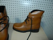 Womens La Canadienne winter boots - Libra - Tan - size 8.5