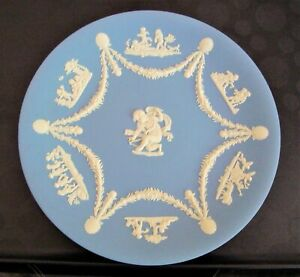 "Wedgwood Jasperware Blue Plate Cupid and Cherub Design 9"""