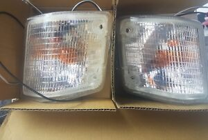 VW Transporter T25 / T3 Clear Front Indicators Pair 1980- with drl's not smoked