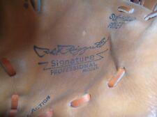 Vintage PHIL RIZZUTO SIGNATURE GLOVE REGENT BASEBALL MITT NY YANKEES HOF'er