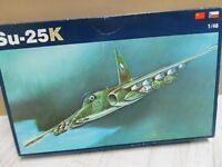 122F - OEZ 03 - 1:48 - Bausatz Sukhoi Su-25K Frogfoot - top in OVP