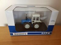 UH COUNTY 1174 TRACTOR 1/32 SCALE  - NEW IN